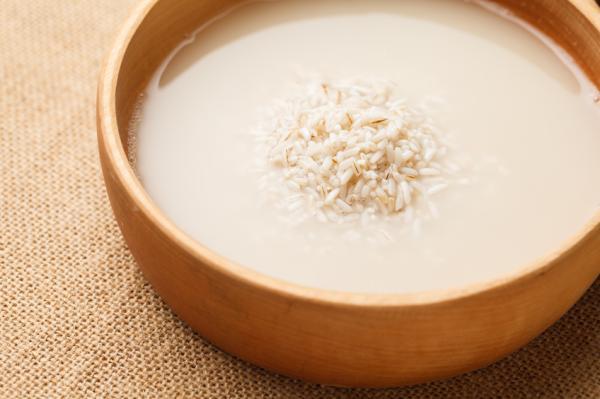 Agua de arroz para la diarrea: beneficios y cómo hacerla