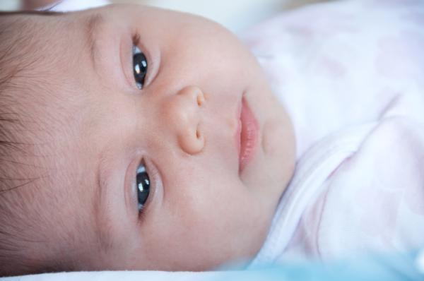¿A qué edad puede viajar en avión un bebé? - ¿Un bebé recién nacido puede viajar en avión?