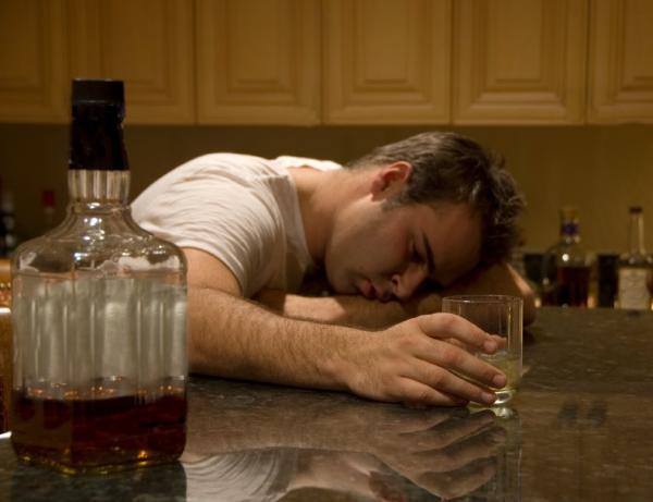 ¿Qué pasa si tomo diazepam y alcohol? - Efectos del alcohol en el cuerpo