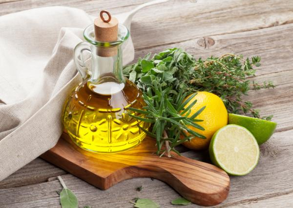 Cómo quitar las estrías con limón y aceite de oliva