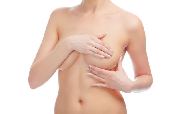 Por qué duelen los senos y se calientan - Tengo los pechos hirviendo por mastitis