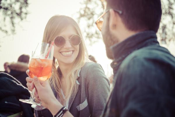 10 beneficios de reír para la salud - Sonreír te hace más atractivo