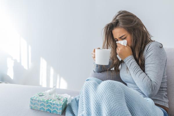 Rinofaringitis: qué es, síntomas, tratamiento y remedios caseros
