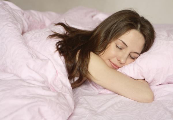 ¿Dormir después de comer engorda? - ¿Dormir la siesta engorda?