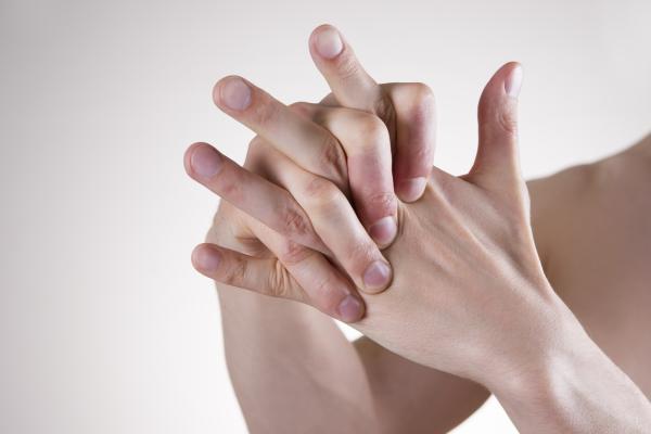 Por qué se duermen las yemas de los dedos