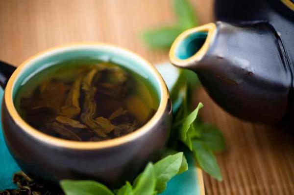 Remedios caseros para la boca seca - Té verde, remedio natural para hidratar la boca seca