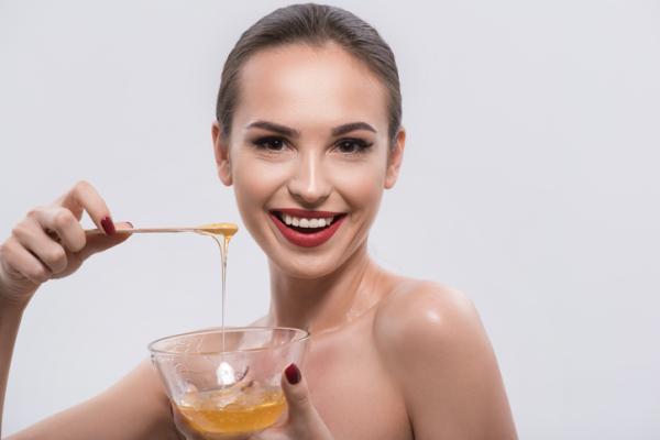 Mascarilla de aceite de oliva para el pelo - Mascarilla de aceite de oliva y miel para el pelo seco