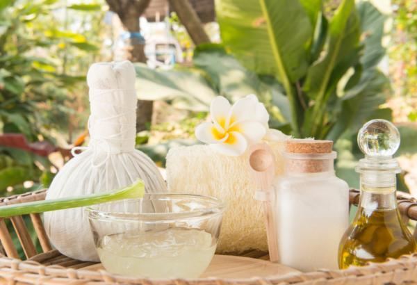Granos en la frente: causas y cómo eliminarlos - Remedios caseros para granos en la frente