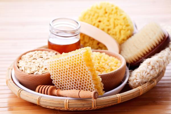 Cómo hacer una mascarilla de avena y miel para la cara - Beneficios de la avena y miel para la cara