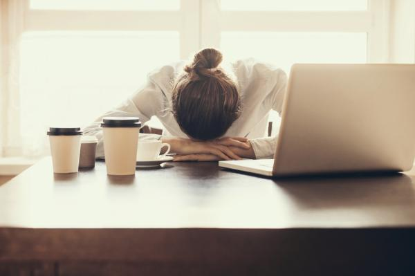 Pastillas para dormir naturales - las más efectivas - Causas del insomnio