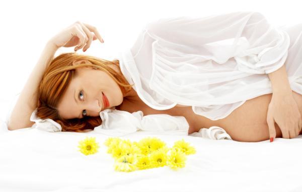 Cómo evitar las manchas en la cara durante el embarazo - Las manchas en la piel o cloasma durante el embarazo