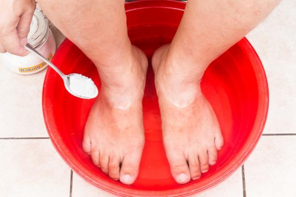 Heridas entre los dedos de los pies: por qué salen y cómo curarlas - Remedios caseros para heridas entre los dedos de los pies