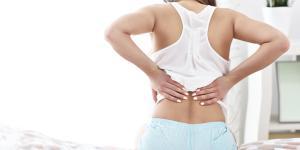 Espasmos musculares en la espalda: causas, tratamiento y remedios caseros