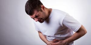 Dolor en el bajo vientre en el hombre: causas, tratamiento y remedios