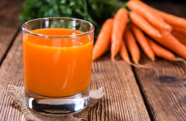 Manchas naranjas en las manos: causas y tratamiento - ¿Qué es la carotenemia?