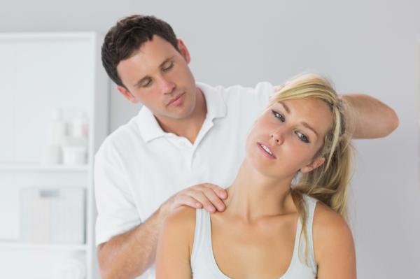 Calambres en el cuello: causas y tratamiento - Cómo curar los calambres en el cuello: tratamiento
