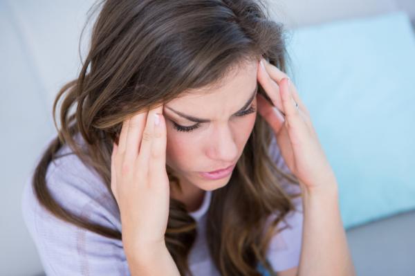 Por qué tengo ganas de vomitar y no estoy embarazada - Trastornos neurológicos