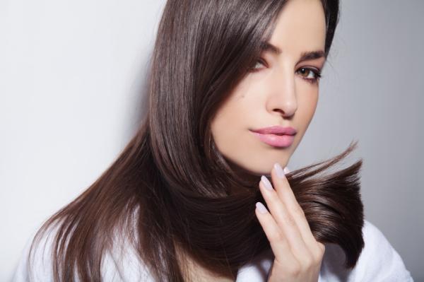 Cómo tomar biotina para el cabello - Beneficios de la biotina