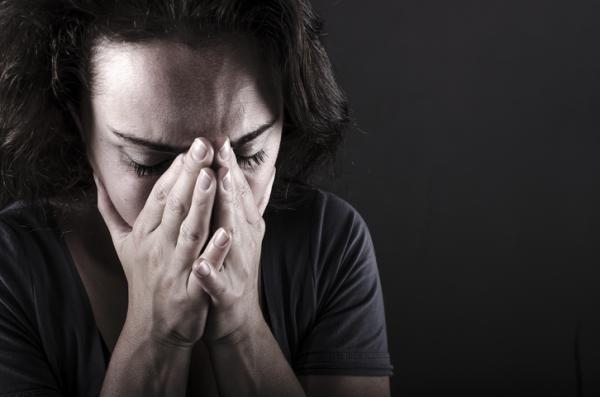 Dolor en el brazo izquierdo: causas - Dolor en el brazo izquierdo por ansiedad