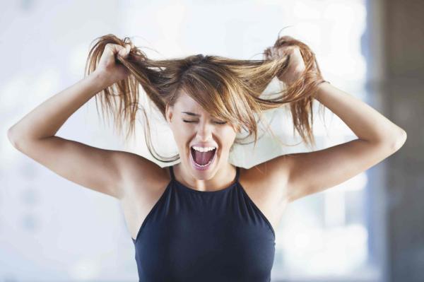 10 señales de que necesitas tener relaciones - 5. Tu estrés y mal humor aumentan