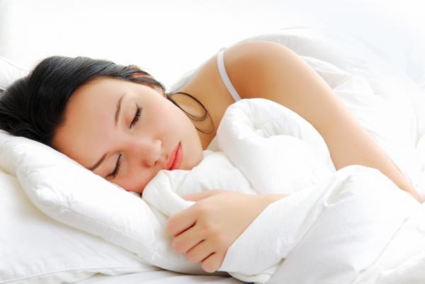 Cómo dejar de babear al dormir