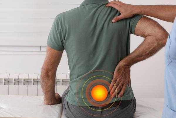 Artrosis lumbar: qué es, síntomas y tratamiento