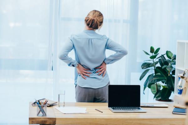 Artrosis lumbar: qué es, síntomas y tratamiento - Artrosis lumbar: síntomas