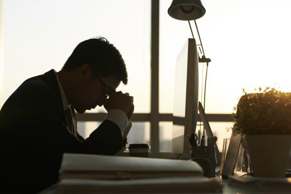 Sensación de pesadez en la cabeza: ¿A qué se debe? - A qué se debe la sensación de pesadez en la cabeza