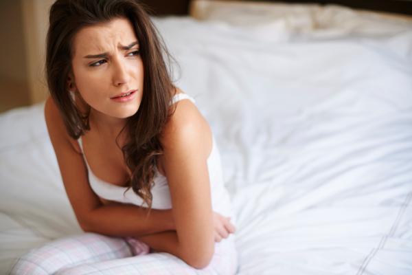 Siento un vacío en el estómago: causas - Vacío en el estómago, síntoma de hernia de hiato