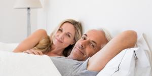 ¿Puedo tener relaciones después de una cirugía de hernia inguinal?