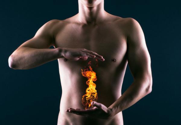 Reflujo gastroesofágico: causas, síntomas y tratamiento - Síntomas del reflujo gastroesofágico