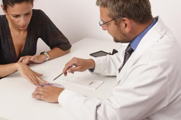 Sangrado intermenstrual tomando pastillas anticonceptivas: causas - Sangrado tomando la píldora: ¿qué hacer?