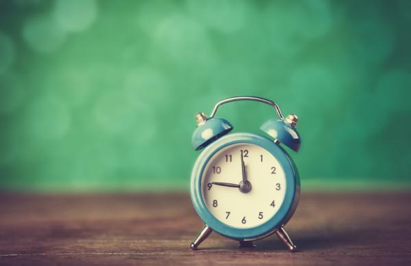 Cómo dormir toda la noche - Establece rutinas y horarios para dormir