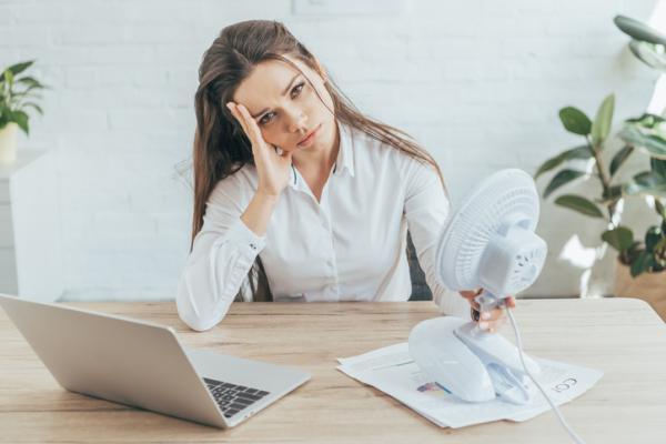 Calor en la cara: causas y tratamiento - Estrés y ansiedad