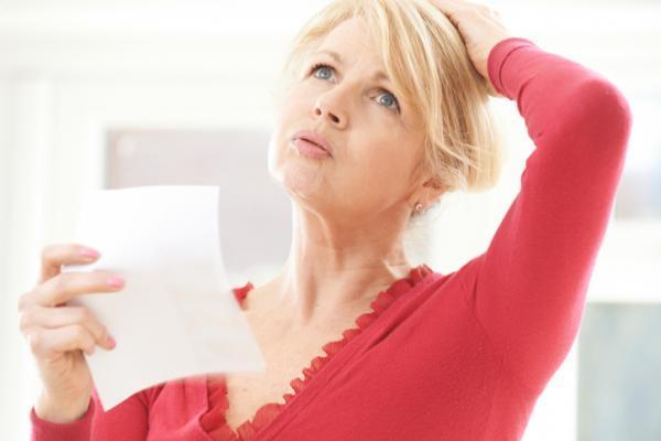 Por qué tengo la saliva blanca y espumosa - Menopausia