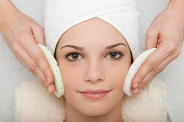 Manchas oscuras en la cara: causas y tratamiento - Tratamiento para las manchas oscuras en la cara