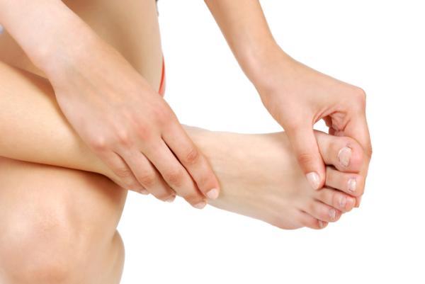Dolor en los dedos de los pies: a qué se debe y remedios para aliviarlo
