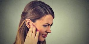 Aire en el oído: síntomas y cómo sacarlo