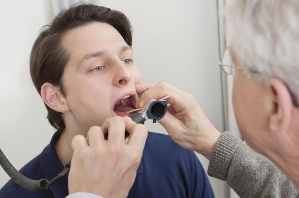Herpangina en adultos: causas, síntomas, contagio y tratamiento