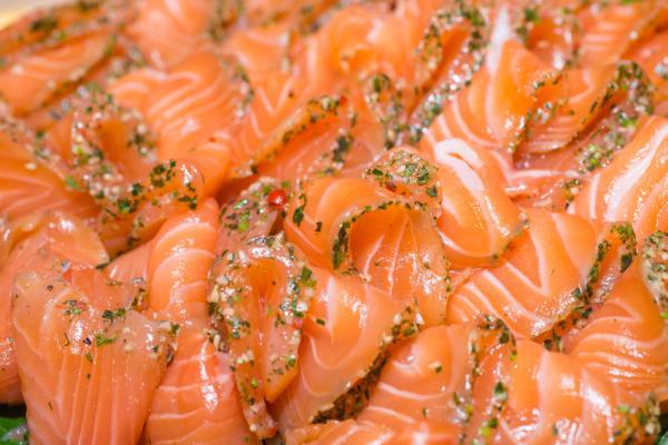 ¿Sabes cuáles son los 10 alimentos más saludables? - Pescado azul, sano y además sabroso