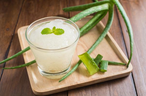 Remedios caseros para el reflujo en la garganta - Aliviar reflujo con aloe vera