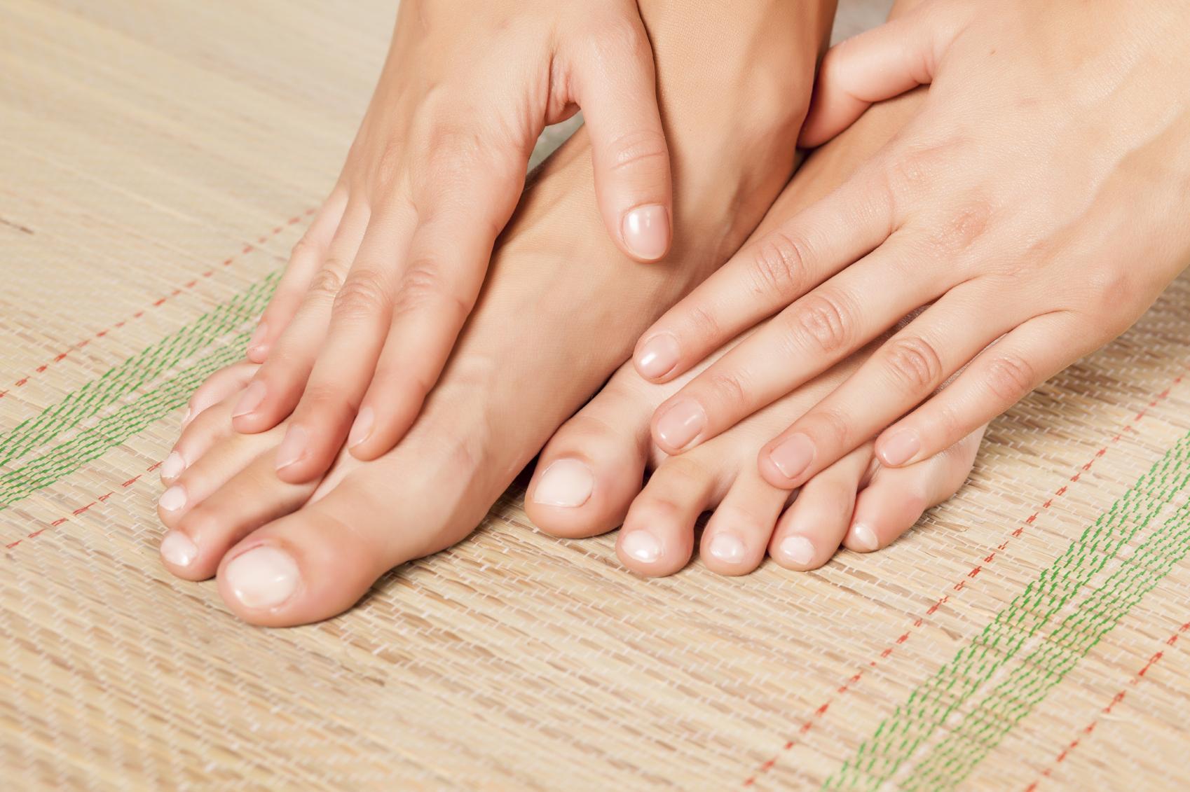 Por qué me duele la uña del dedo gordo del pie