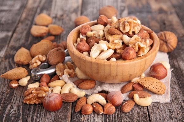 Alimentos que aumentan la testosterona - Frutos secos