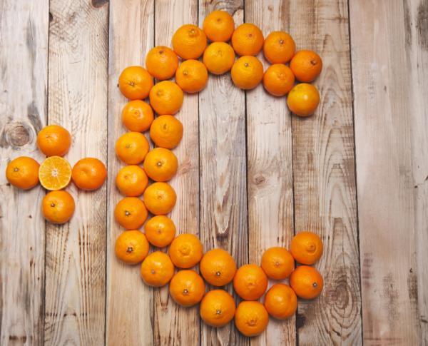 Vitaminas para el dolor en las articulaciones - Vitamina C, mantiene los huesos y cartílagos fuertes