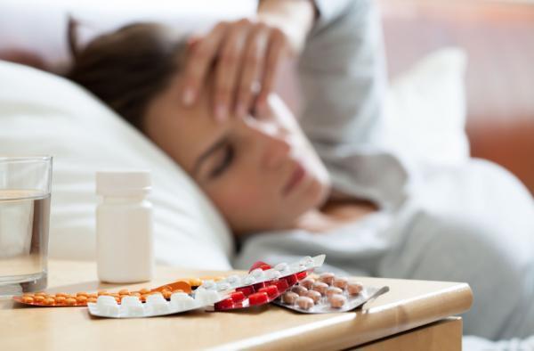 Medicamentos para la gripe y tos en adultos - Medicamentos para el resfriado común con fiebre