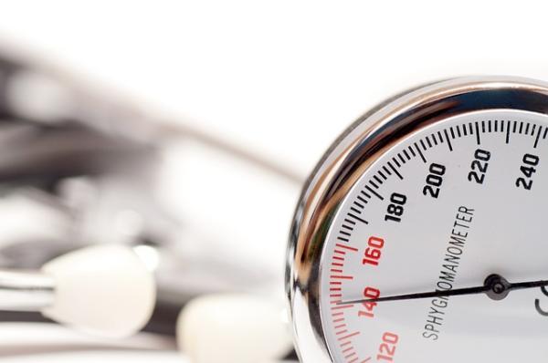 Enalapril: para qué sirve, dosis y efectos secundarios - Para qué sirve el Enalapril