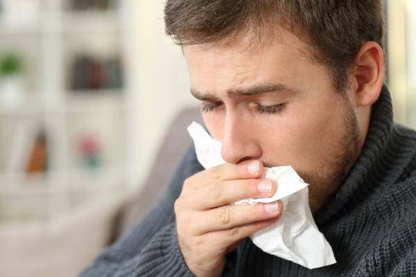 Truco de la cebolla para la tos: ¿Funciona? - Qué es la tos y por qué se produce
