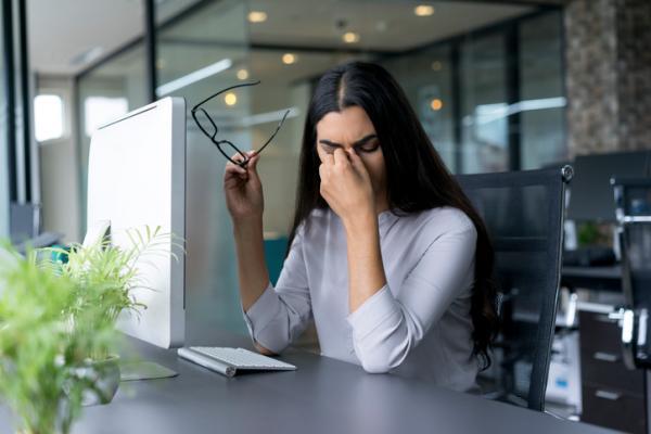 Derrame en el ojo por estrés: causas y tratamiento - Tratamiento del derrame en el ojo por estrés