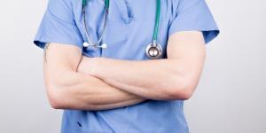 Por qué es importante el inglés en medicina