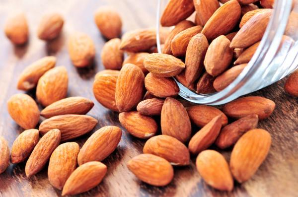 Alimentos que aumentan el colesterol bueno - Frutos secos